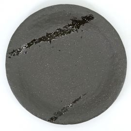 japanese black round plate in ceramic, SUISEI, green brush
