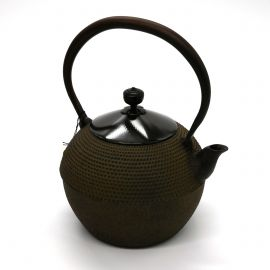 Japanese cast iron kettle with copper cover, HOUJOU HARARE