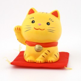 Yellow japanese lucky charm cat Manekineko SN-017