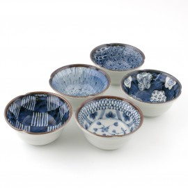 set of 5 chawan rice bowls in Japanese ceramics MYA31182