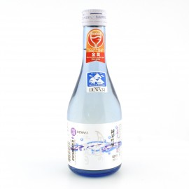 japanese sake GASSAN no Yuki alcohol 15.5%. 300ml